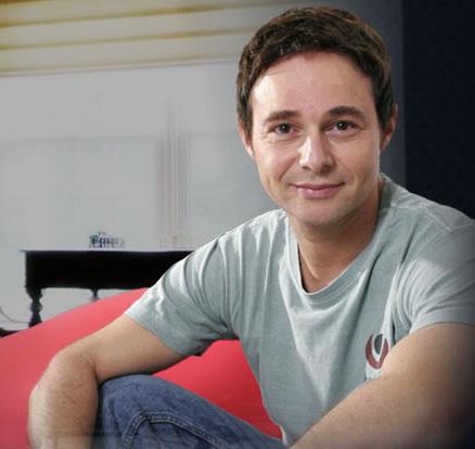 Jairo Bouer