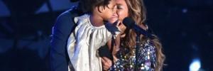 Beyoncé se emociona com com Jay-Z e a filha, Blue Ivy, no VMA