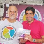 Grupo Gay da Bahia homenageou personalidades e entidades na 13ª Parada Gay da Bahia; confira as fotos