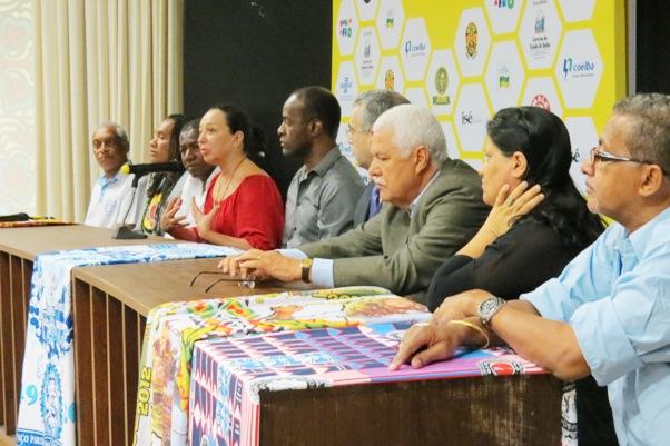 Mesa de Lançamento Oficinas Mundo Afro.Divulgação