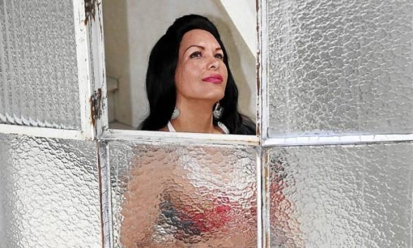 Aline Rocha, selecionada pelo programa da Prefeitura de SP, diz que pretende deixar as ruas: 'É o que mais quero' - Fernando Donasci / Agência O Globo