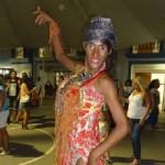 Travesti passista da Beija-Flor é   encontrada morta após tortura em favela