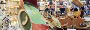 Até 26 de abril, o público confere intervenções artísticas nas vitrines das lojas do empreendimento/Foto:Roberto Abreu
