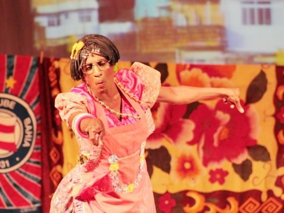 Luís Miranda apresenta a comédia 7 Conto no Teatro Castro Alves, em Salvador (Foto: Luciana Vieira)