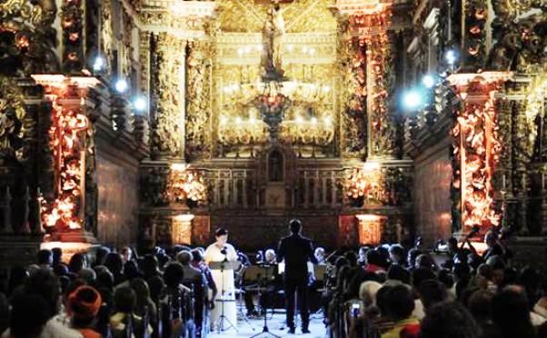 A apresentação gratuita acontece na tarde deste domingo e integra a programação da Série Manuel Inácio da Costa