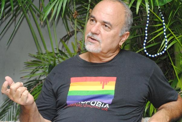 Luiz Mott, decano do movimento homossexual no Brasil e fundador do GGB, Grupo Gay da Bahia. (Foto: Genilson Coutinho)