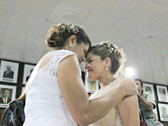 Primeiro casamento coletivo foi realizado em setembro de 2014 (Foto: Camila Henriques/G1 AM)
