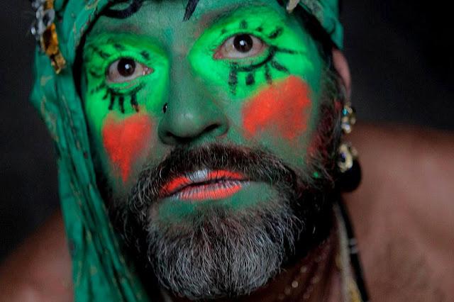 Doces Barbas Concepção: Denny Azevedo e Ricardo Don Direção de arte: Ricardo Don  Fotografia: Alisson Louback