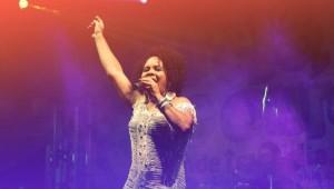 A cantora Márcia Short participa de evento em comemoração ao mês da mulher negra. Confira outras atrações da semana (Foto: Sidney Rocha)