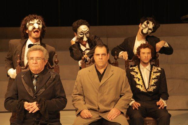 RTEmagicC_peca_As_Confrarias_com_Cia_de_Teatro_da_UFBA_cred_Hilda_Lopes_Pontes_divulgacao.jpg