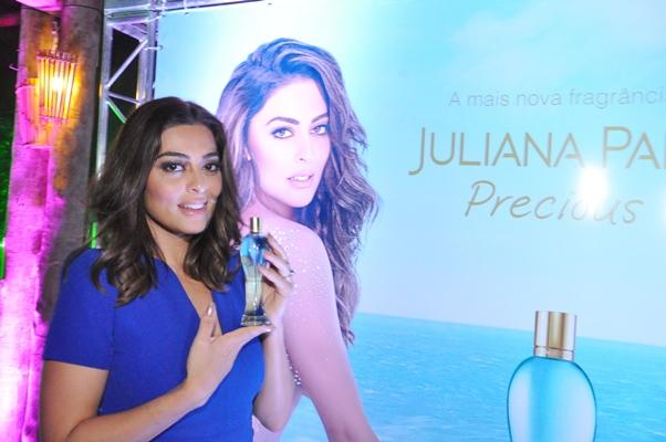 Juliana Paes na Bahia para o lançamento de seu novo perfume, Precious (Foto: Genilson Coutinho  /Dois Terços )