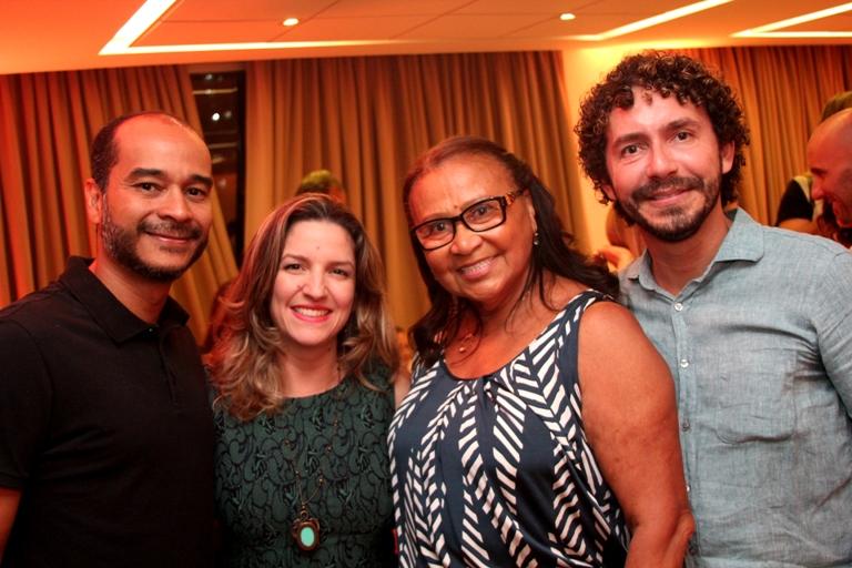 Alexandre Tinoco, Marina Resende, Elizabeth Marie e Hamilton Albuquerque