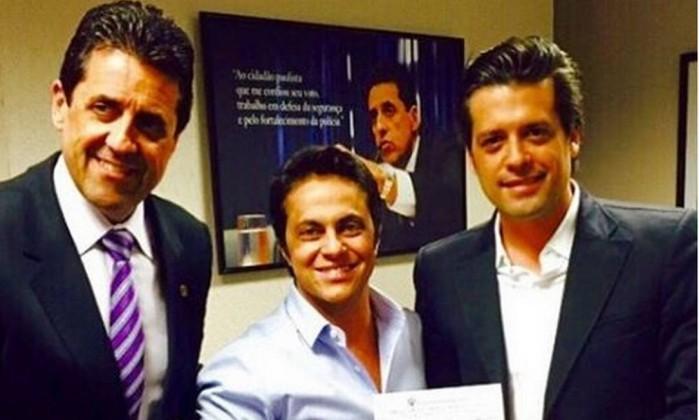 Foto publicada por Thammy Miranda em sua conta pessoal no Instagram para o anúncio de filiação ao PP, legenda do deputado Jair Bolsonaro - Reprodução Instagram