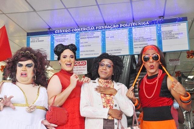 As meninas arrasando no Centro de salvador/ Foto: Genilson Coutinho
