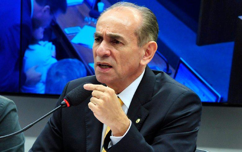 O Ministro da Saúde, Marcelo Castro virá a capital baiana para o lançamento .