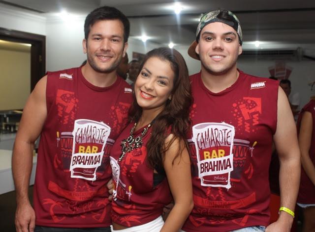 Werles Pajero com Li Martins e Eric Ricarte (Foto: Veri Lopes/ Agência FPontes)