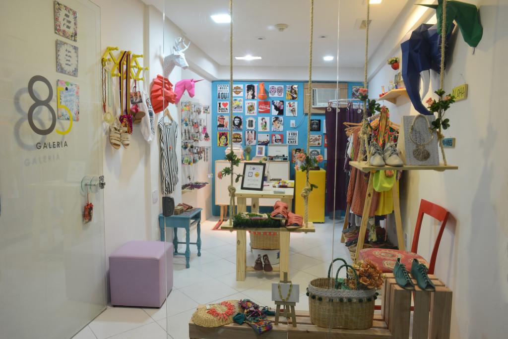 loja-colaborativa-galeria-85-por-imas-pereira