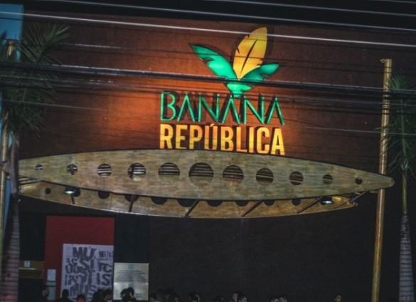 2016-12-04-banana-republica-boate-campinas-indenizacao-transexual-585x424