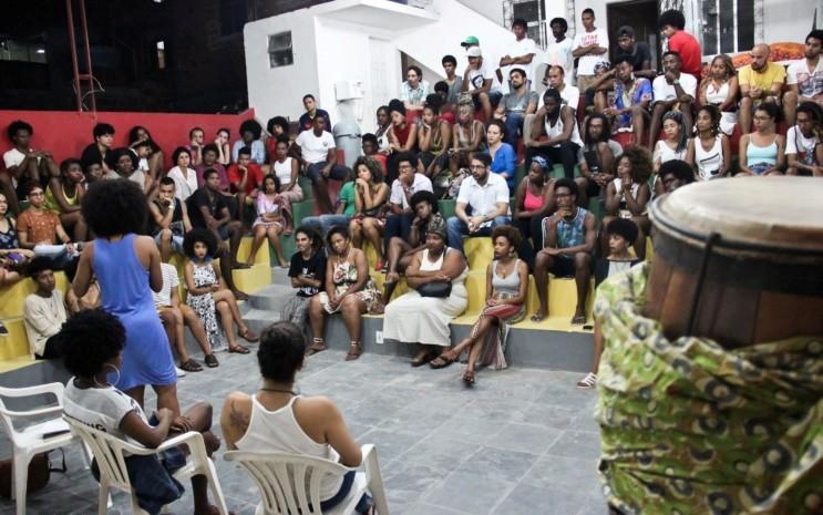 Sarau da Onça - Foto: Lis Pedreira