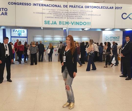 Dra Priscila Barros