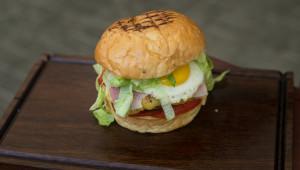 Jamm Burgers Novos hamburgueres da Jamm Burgers Na foto: Foto: Iracema Chequer Data: 07/03/2018