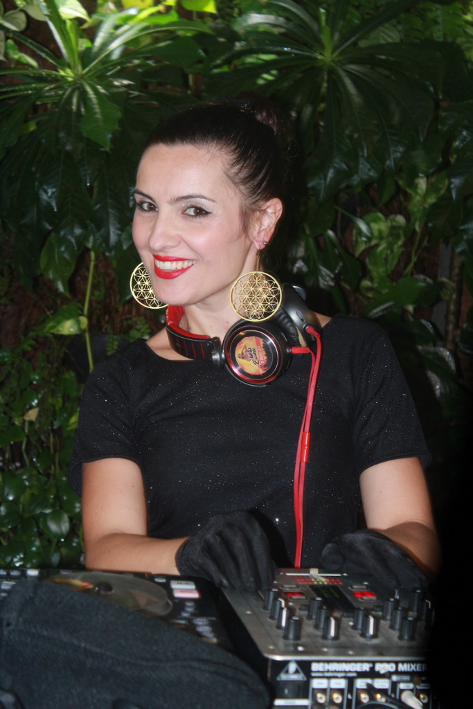 DJ Barbie (Foto: Uran Rodrigues)
