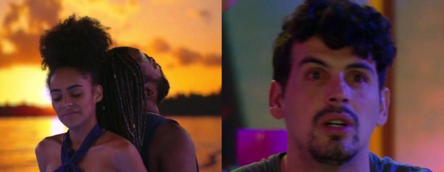 Gabriela e Rodrigo dançando, enquanto Maycon os observa.