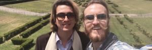 Fabio Von Der Liebl e Victor Drummond em Portugal, onde vivem desde 2018 (Foto: Arquivo pessoal)